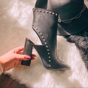Shoes - Black Mid Cap Booties